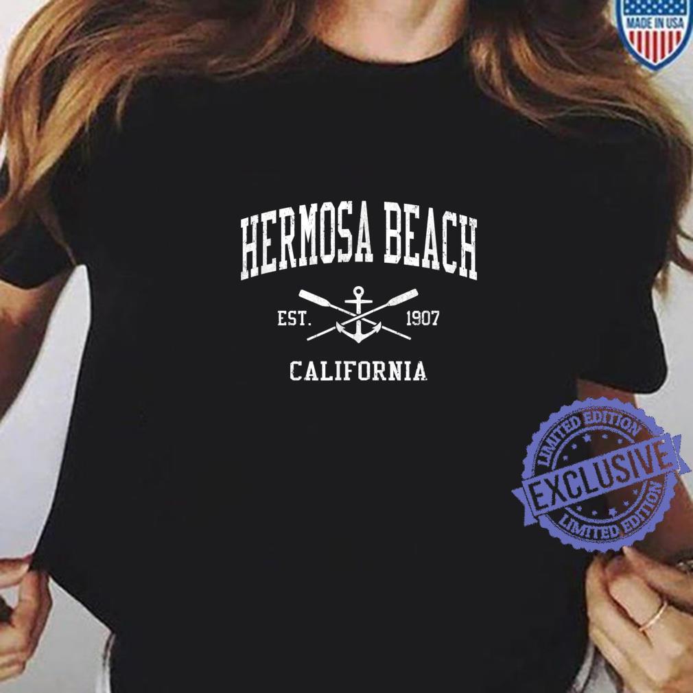 Hermosa Beach CA Vintage Crossed Oars & Boat Anchor Sports Shirt ladies tee